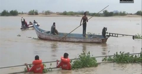 4 students drown in southern India river