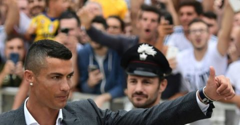 Ronaldo greets Juve fans, sparks Champions League dreams