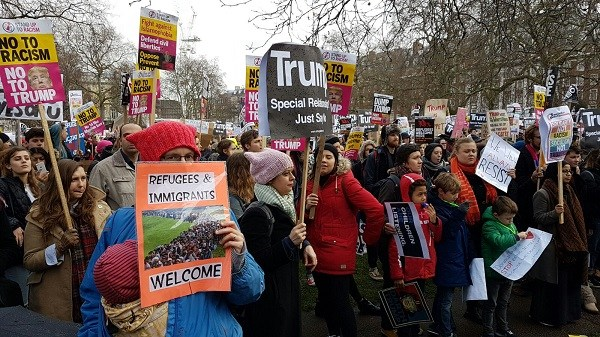 Tens of thousands gather in London for anti-Trump protests