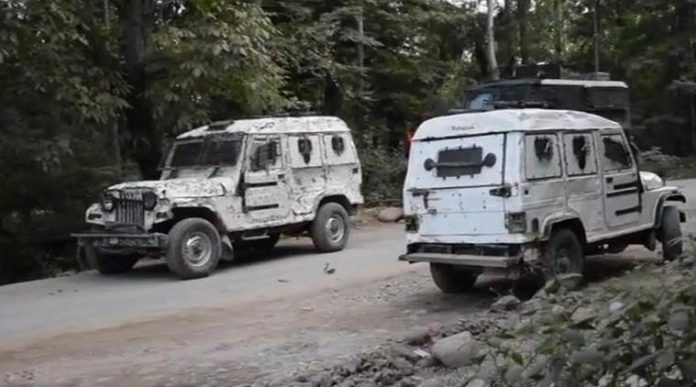 5 militants killed in ongoing Indian-controlled Kashmir gunfight