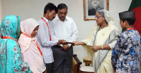 Parents of Diya, Rajib call on PM