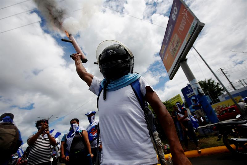 Nicaragua government blames opposition for 197 protest deaths