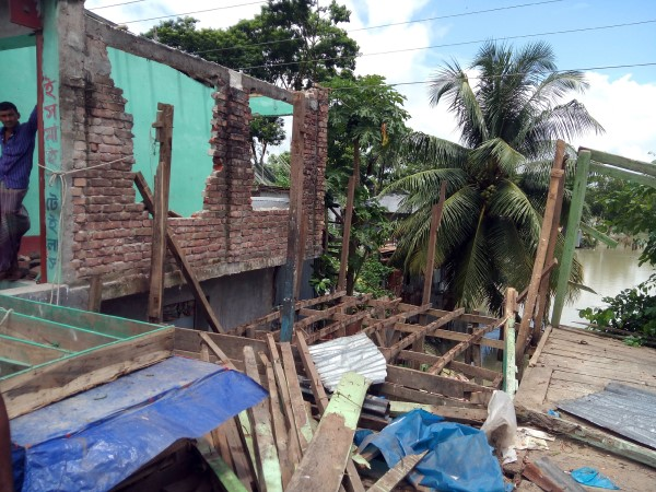 13 Illegal establishments evicted in Kalapara