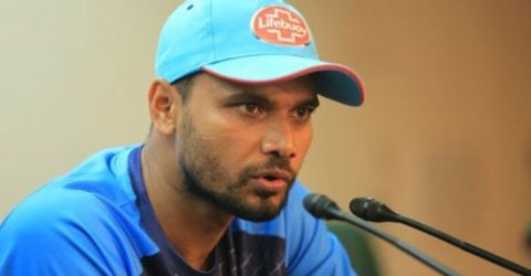 Mortaza urges his men to take the fighting spirit in future events