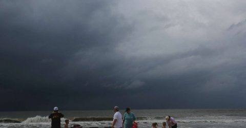 Tropical Storm Gordon makes landfall on US Gulf Coast