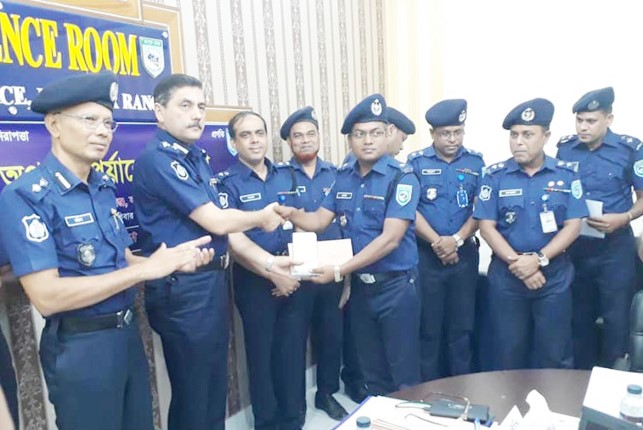 Dinajpur ASP (Sadar Circle) Sushanta Sarker honoured for excellence