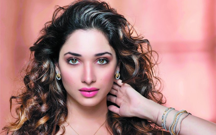 Tamannaah bhatia to team  up with Chiranjeevi for the 152nd film of the actor