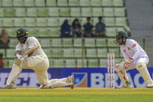Zimbabwe set 321-run target for Tigers