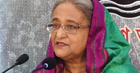 PM urges party men to have patience for peaceful polls