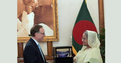 PM seeks to share Dutch expertise for water management