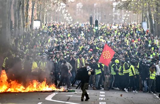 France tells Trump to stop interfering in its politics