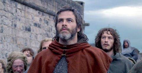 'Outlaw King' star Chris Pine says film's bloodlust  is overshadowed  by brief nudity