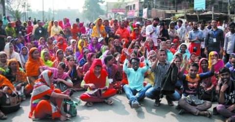 RMG workers' unrest rolls into 6th day; 50 factories closed