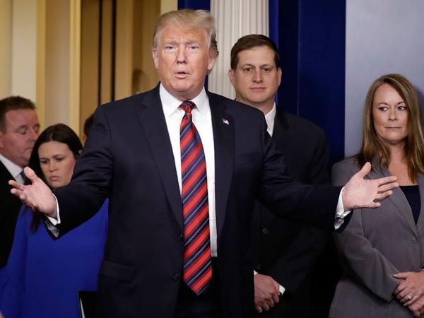 Trump slams 'disgraceful' Democrat's profane impeachment vow