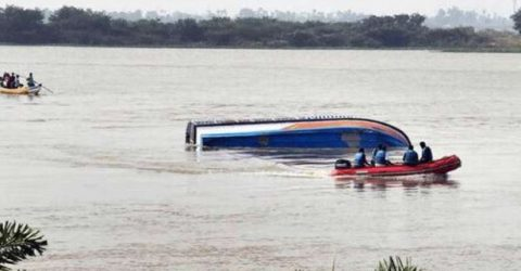 9 killed after boat capsizes in eastern India