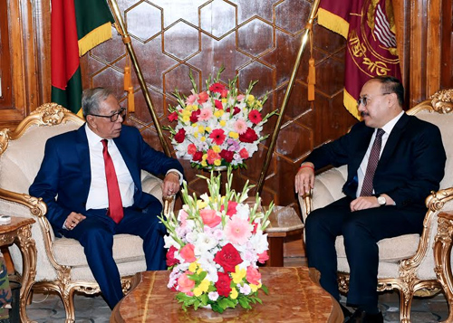 Outgoing Indian envoy calls on President