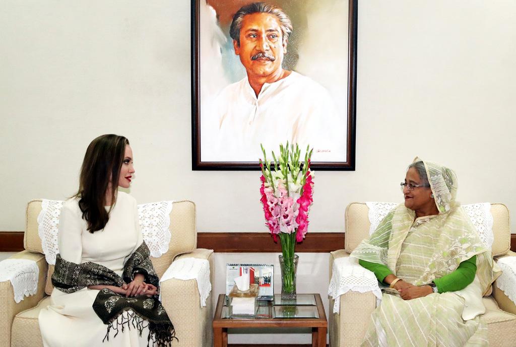 Jolie praises PM as example-setting leader