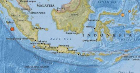 Strong 6.1-magnitude quake rocks western Indonesia