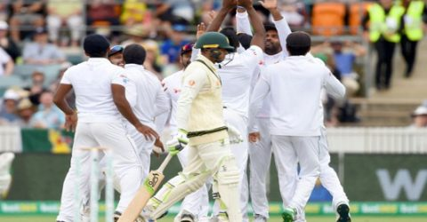 Australia fight back after Sri Lanka take three early wickets