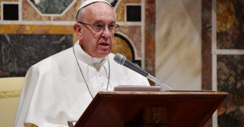 "Pope Francis urges ""respect"" for Yemen truce accord"