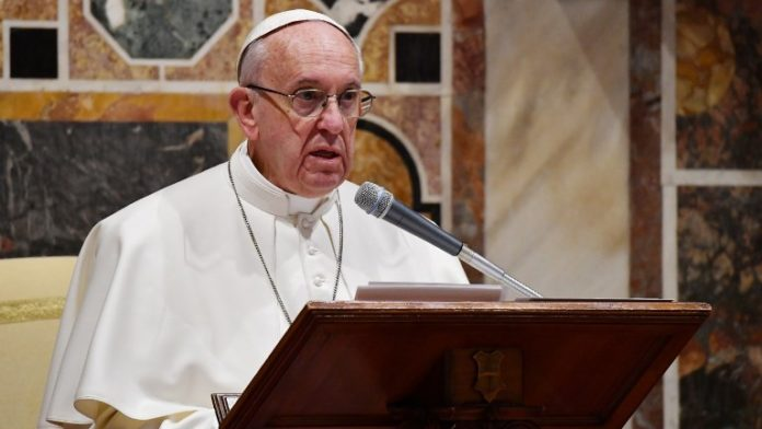 """Pope Francis urges """"respect"""" for Yemen truce accord"""
