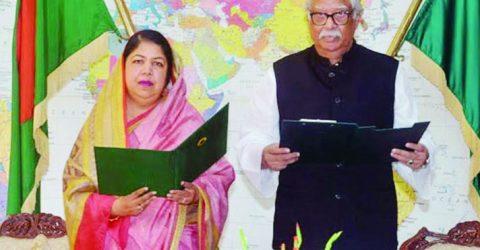 Sultan Mansur takes oath as MP