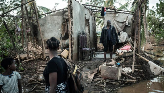 Disease fears mount for Africa cyclone survivors