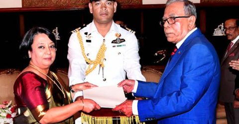 Five envoys present credentials to President