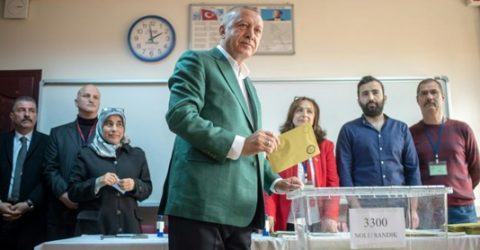 Erdogan wants Istanbul vote annulled over alleged irregularities