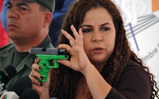 Minister warns Venezuela's Maduro over US visa-toting officials
