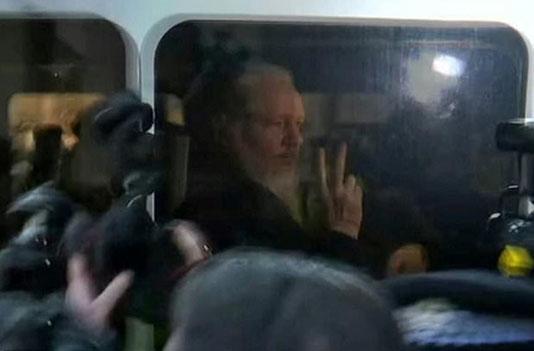 'No special treatment' for Assange, says Australia PM