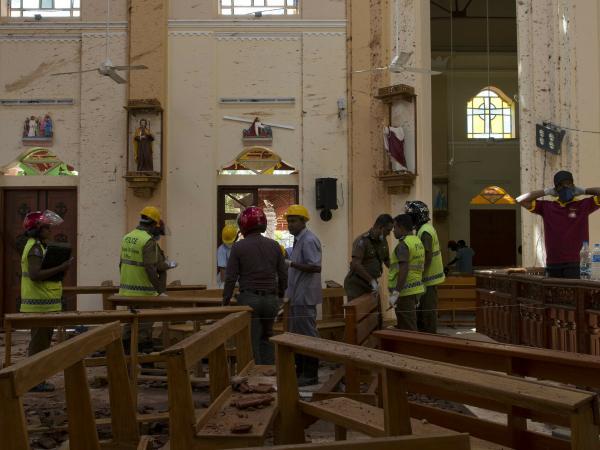 Toll in Sri Lanka blasts rises to 310: police spokesman