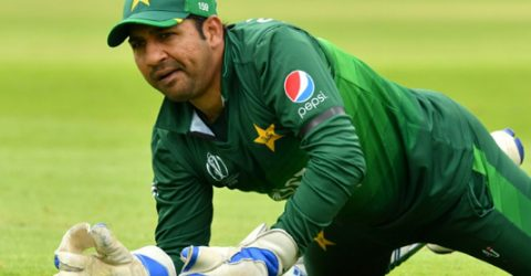 Sarfaraz warns Pakistan must improve ahead of India clash