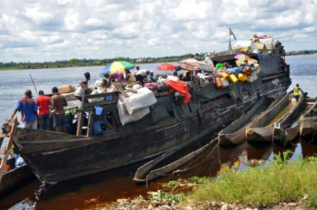 11 dead, dozens missing in DR Congo boat accident