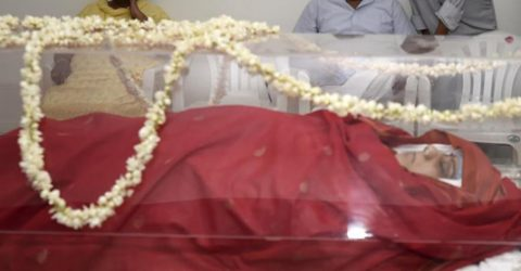 Delhi Govt declares 2-day mourning for Swaraj