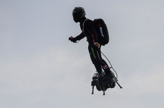 French 'Flyboard' inventor poised for 2nd Channel crossing bid