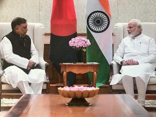 """Modi praises Sheikh Hasina's """"zero tolerance"""" policy against terrorism"""