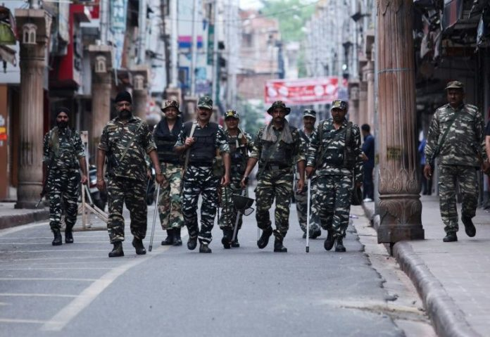 Kashmir clampdown tightened as India hails 'historic moment'