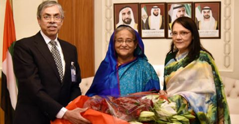 PM reaches Abu Dhabi en route to NY to attend 74th UNGA