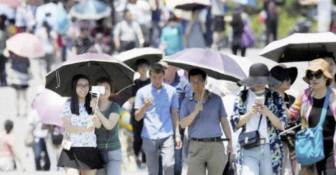 Heatstroke kills two in Japan post-typhoon blackout