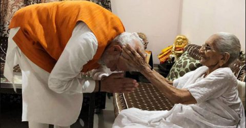 Modi meets mother Heeraben on his 69th birthday