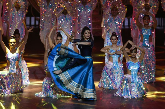 Spy thriller 'Raazi' steals show at Bollywood's Oscars