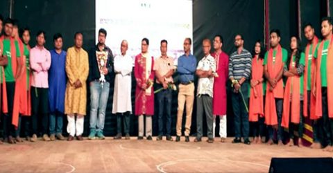 Drama is reflection of society: Theater personalities