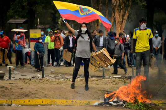 Ecuador president orders curfew, military control in Quito