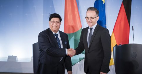 Momen urges German FM to press Myanmar for Rohingya repatriation