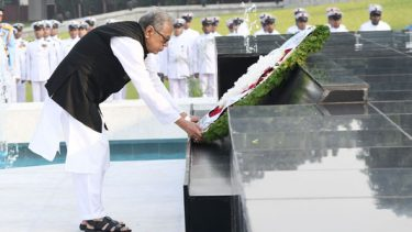 President pays tribute at Shikha Anirban on Armed Forces Day