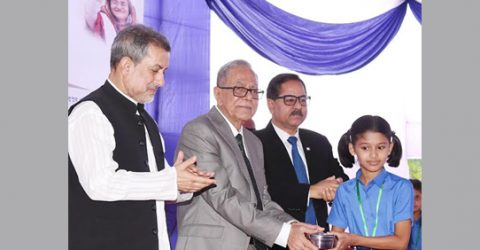 President asks affluents, private orz to assist midday meal programme for kids
