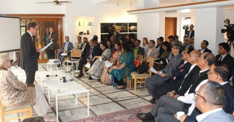 UK for joint partnership with Bangladesh to combat climate issues