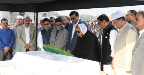 PM pays homage to ex-AL MP Fazilatunnesa Bappy