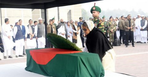 PM pays homage to Abdul Mannan, MP